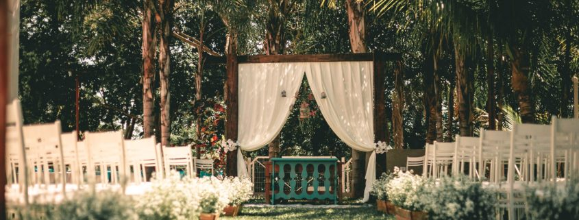 Wedding Ideas For The Laid Back Couple
